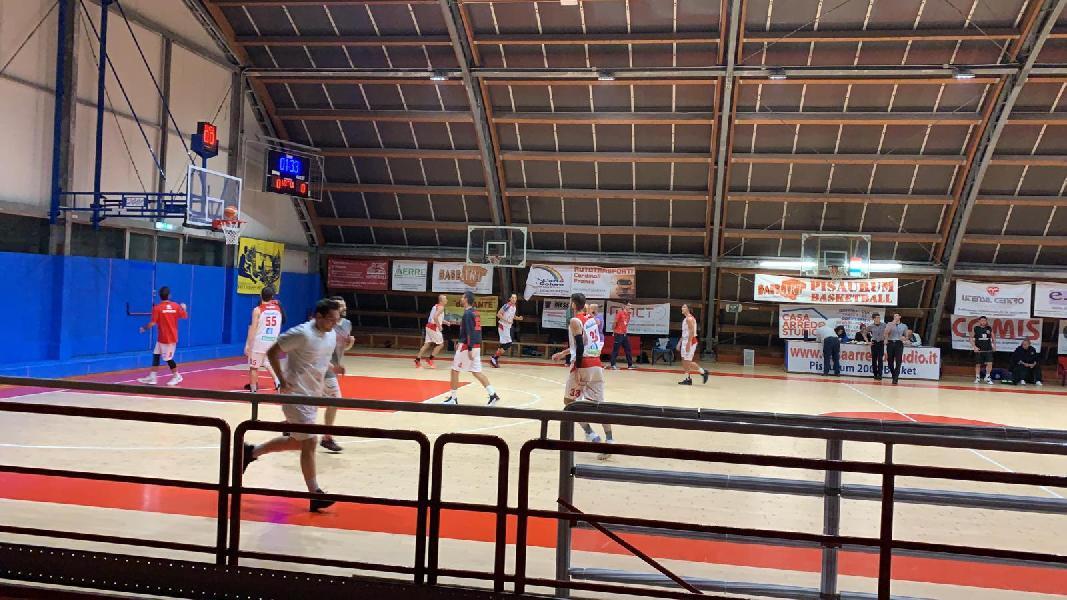https://www.basketmarche.it/immagini_articoli/24-10-2019/positivo-esordio-vuelle-pesaro-supera-basket-montecchio-600.jpg