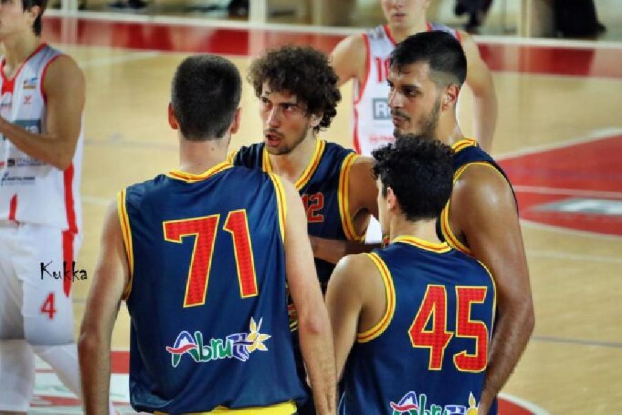 https://www.basketmarche.it/immagini_articoli/24-10-2020/supercoppa-giulia-basket-atteso-derby-campo-pallacanestro-roseto-600.jpg
