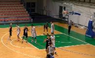 https://www.basketmarche.it/immagini_articoli/24-10-2021/antoniana-pescara-esordio-vittoria-quel-atri-120.png