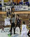 https://www.basketmarche.it/immagini_articoli/24-10-2021/pescara-trova-prima-vittoria-battendo-casa-teate-chieti-120.jpg