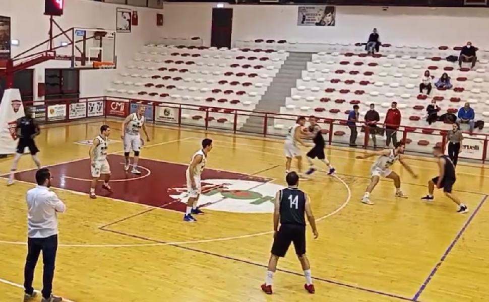 https://www.basketmarche.it/immagini_articoli/24-10-2021/seconda-vittoria-stagionale-magic-chieti-sbancata-campli-600.png