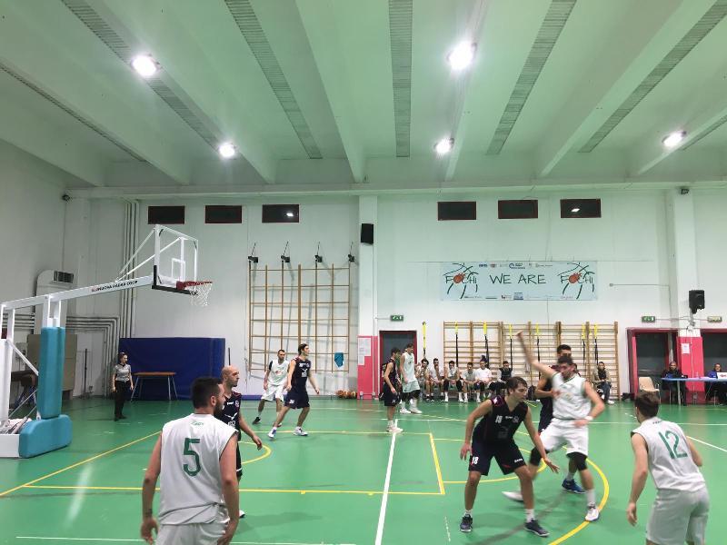 https://www.basketmarche.it/immagini_articoli/24-11-2018/fochi-pollenza-superano-sporting-porto-sant-elpidio-restano-testa-classifica-600.jpg