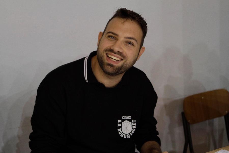 https://www.basketmarche.it/immagini_articoli/24-11-2018/robur-osimo-coach-marini-sutor-squadra-talento-vogliamo-prova-qualit-600.jpg
