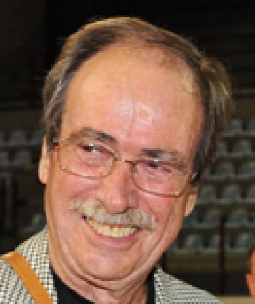 https://www.basketmarche.it/immagini_articoli/24-11-2020/mondo-pallacanestro-piange-scomparsa-carlo-rinaldi-600.jpg