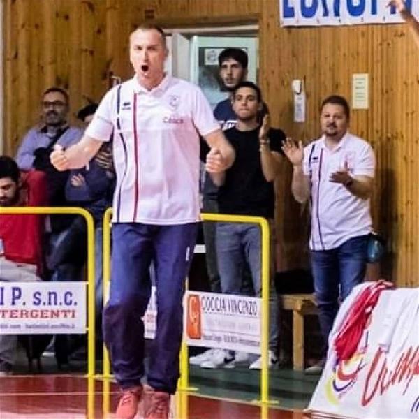 https://www.basketmarche.it/immagini_articoli/24-11-2020/mosciano-coach-verrigni-ripartiremo-stesso-roster-faremo-tutto-poter-vincere-campionato-600.jpg