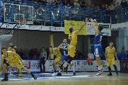 https://www.basketmarche.it/immagini_articoli/24-11-2020/rinvio-derby-domenica-sutor-montegranaro-janus-fabriano-120.jpg