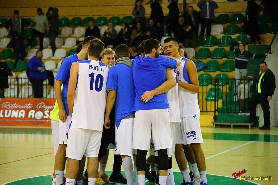 https://www.basketmarche.it/immagini_articoli/24-12-2018/porto-sant-elpidio-basket-vince-scontro-diretto-campli-regala-natale-sereno-600.jpg