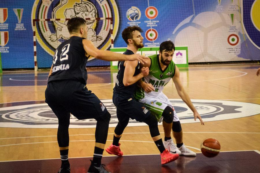 https://www.basketmarche.it/immagini_articoli/25-01-2019/magic-basket-chieti-trasferta-campo-isernia-basket-600.jpg