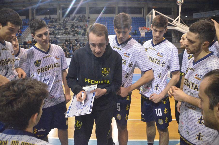 https://www.basketmarche.it/immagini_articoli/25-01-2020/sutor-montegranaro-coach-ciarpella-abbiamo-tutto-tornare-vincere-dimostrarlo-600.jpg