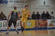 https://www.basketmarche.it/immagini_articoli/25-01-2020/sutor-montegranaro-michele-tremolada-firma-teramo-basket-120.jpg