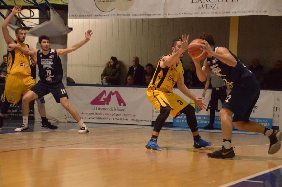 https://www.basketmarche.it/immagini_articoli/25-02-2019/sutor-montegranaro-arrende-finale-capolista-unibasket-lanciano-600.jpg