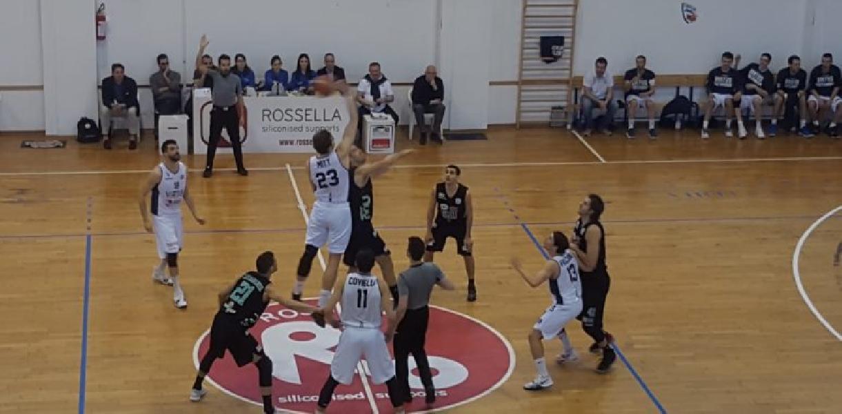 https://www.basketmarche.it/immagini_articoli/25-03-2019/luciana-mosconi-ancona-sbanca-civitanova-rilancia-chiave-playoff-600.jpg