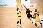 https://www.basketmarche.it/immagini_articoli/25-03-2019/poderosa-montegranaro-spegne-distanza-scaligera-verona-sbanca-palasavelli-120.jpg