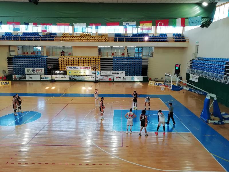 https://www.basketmarche.it/immagini_articoli/25-04-2021/pisaurum-pesaro-sconfitto-campo-unibasket-lanciano-600.jpg