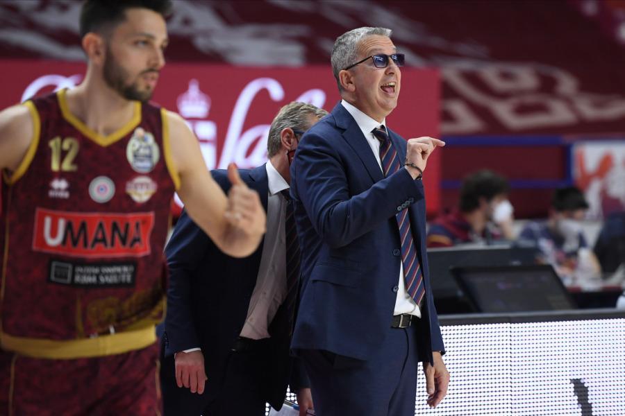 https://www.basketmarche.it/immagini_articoli/25-04-2021/reyer-coach-raffaele-treviso-derby-partita-importante-provare-puntare-posto-600.jpg