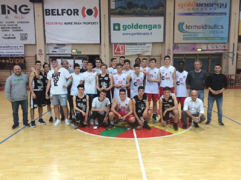 https://www.basketmarche.it/immagini_articoli/25-05-2019/under-silver-falconara-basket-vince-titolo-regionale-vigor-matelica-finale-600.jpg