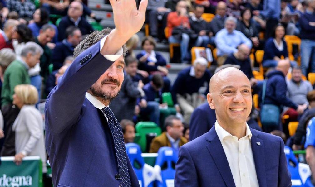 https://www.basketmarche.it/immagini_articoli/25-06-2019/presidente-sardara-coach-pozzecco-raccontano-dinamo-dentro-fuori-campo-600.jpg