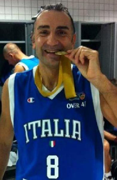 https://www.basketmarche.it/immagini_articoli/25-06-2020/magic-basket-chieti-claudio-capone-allenatore-600.jpg