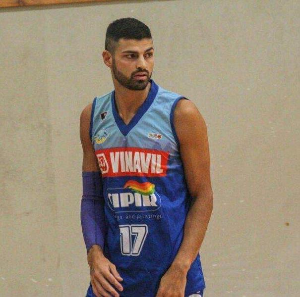 https://www.basketmarche.it/immagini_articoli/25-07-2020/virtus-civitanova-spot-guardia-seguono-tommaso-milani-antonio-serroni-600.jpg
