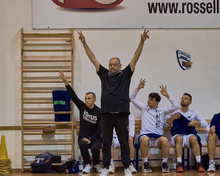 https://www.basketmarche.it/immagini_articoli/25-07-2021/ufficiale-separano-strade-virtus-civitanova-coach-stefano-foglietti-600.jpg