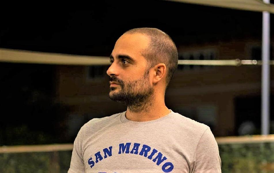https://www.basketmarche.it/immagini_articoli/25-07-2021/ufficiale-titano-marino-coach-simone-porcarelli-insieme-anche-prossima-stagione-600.jpg