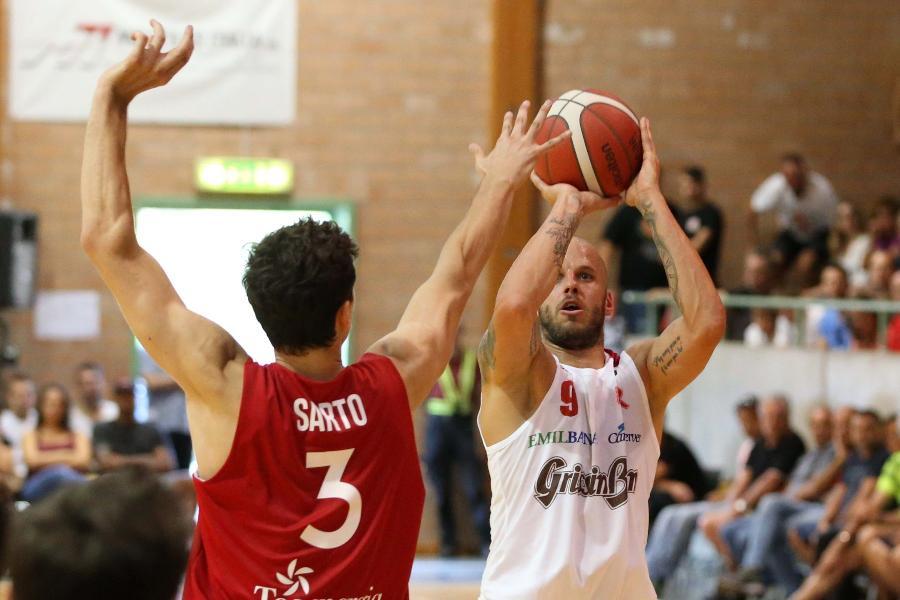https://www.basketmarche.it/immagini_articoli/25-08-2019/esordio-vincente-grissin-reggio-emilia-amichevole-mantova-600.jpg