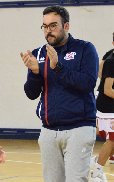 https://www.basketmarche.it/immagini_articoli/25-08-2020/ufficiale-andrea-berardi-allenatore-valdiceppo-basket-600.png