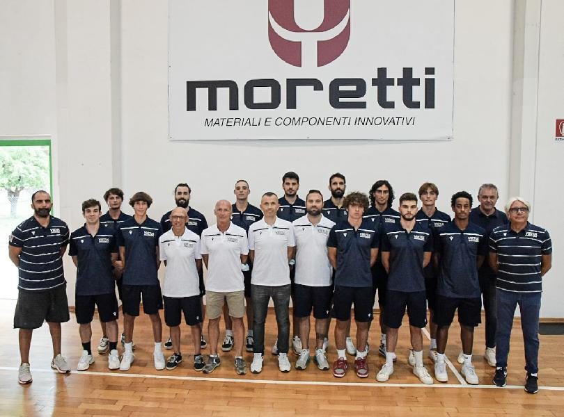 https://www.basketmarche.it/immagini_articoli/25-08-2021/virtus-civitanova-nicola-moretti-abbiamo-allestito-roster-tanti-giocatori-prospettive-crescita-600.jpg