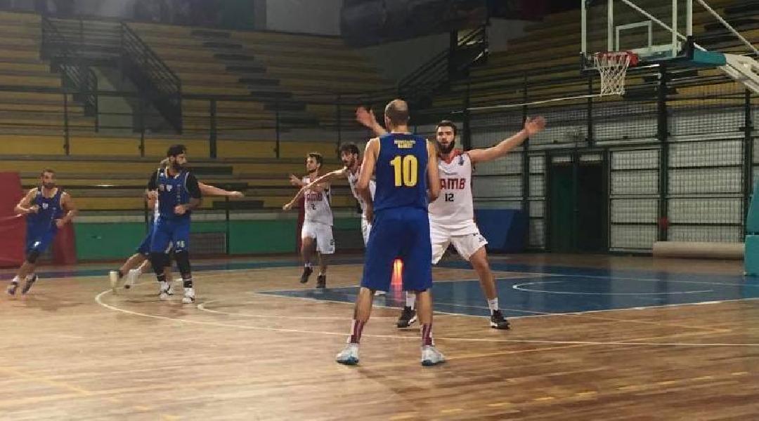 https://www.basketmarche.it/immagini_articoli/25-09-2019/alti-bassi-ultimo-test-amichevole-sambenedettese-basket-olimpia-mosciano-600.jpg