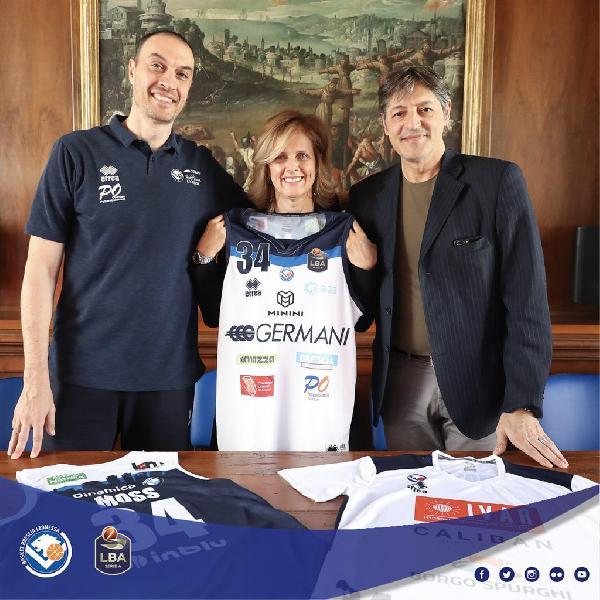 https://www.basketmarche.it/immagini_articoli/25-09-2019/germani-brescia-esordio-reggio-emilia-coach-esposito-finalmente-inizia-600.jpg