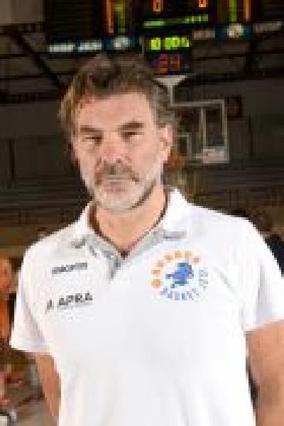 https://www.basketmarche.it/immagini_articoli/25-09-2020/aurora-jesi-coach-ghizzinardi-falconara-buona-sgambata-atteggiamento-giusto-600.jpg