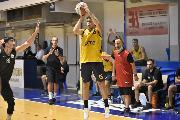 https://www.basketmarche.it/immagini_articoli/25-09-2020/buon-test-amichevole-sutor-montegranaro-virtus-civitanova-120.jpg