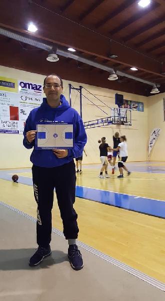 https://www.basketmarche.it/immagini_articoli/25-09-2020/feba-civitanova-coach-dragonetto-stiamo-lavorando-molto-bene-tecnicamente-fisicamente-600.jpg