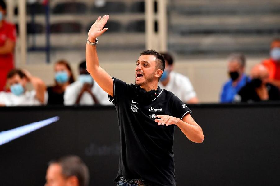 https://www.basketmarche.it/immagini_articoli/25-09-2020/trento-coach-brienza-treviso-dovremo-essere-bravi-gestire-ritmi-partita-600.jpg