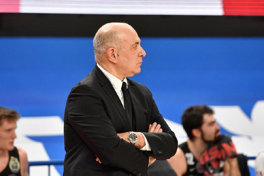https://www.basketmarche.it/immagini_articoli/25-09-2021/aquila-trento-coach-molin-vogliamo-scendere-campo-voglia-competere-campioni-italia-600.jpg