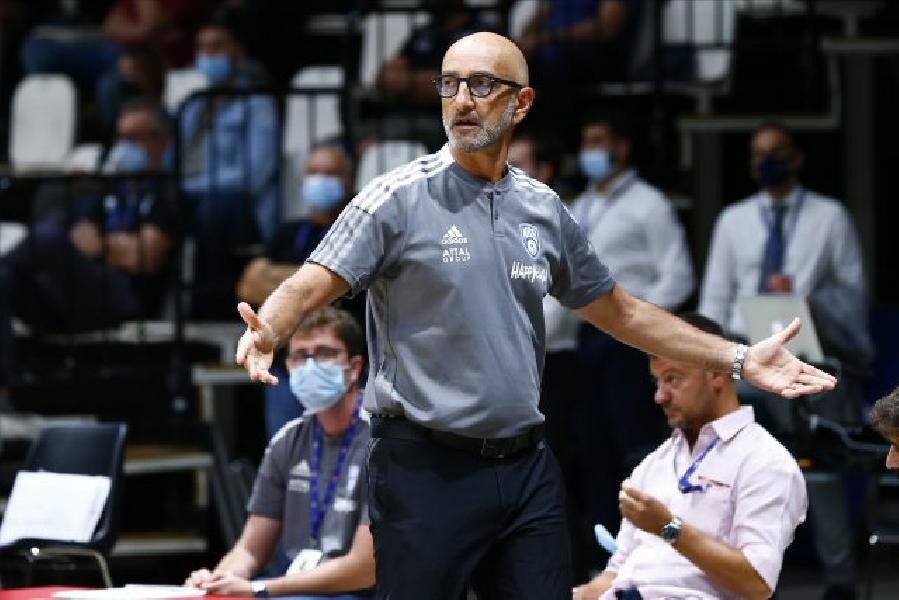 https://www.basketmarche.it/immagini_articoli/25-09-2021/basket-brindisi-coach-vitucci-siamo-determinati-mantenere-club-livello-alto-possibile-600.jpg