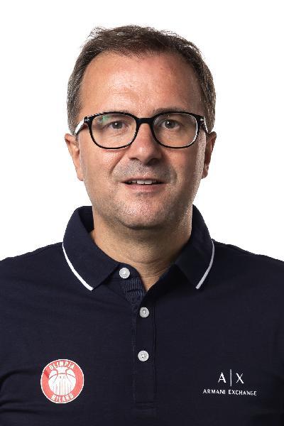 https://www.basketmarche.it/immagini_articoli/25-09-2021/olimpia-milano-mario-fioretti-vincere-napoli-dovremo-giocare-partita-solida-600.jpg