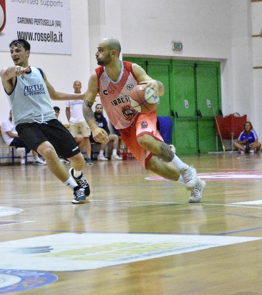 https://www.basketmarche.it/immagini_articoli/25-09-2021/vigor-matelica-pronta-esordio-coppa-italia-porto-sant-elpidio-basket-600.jpg