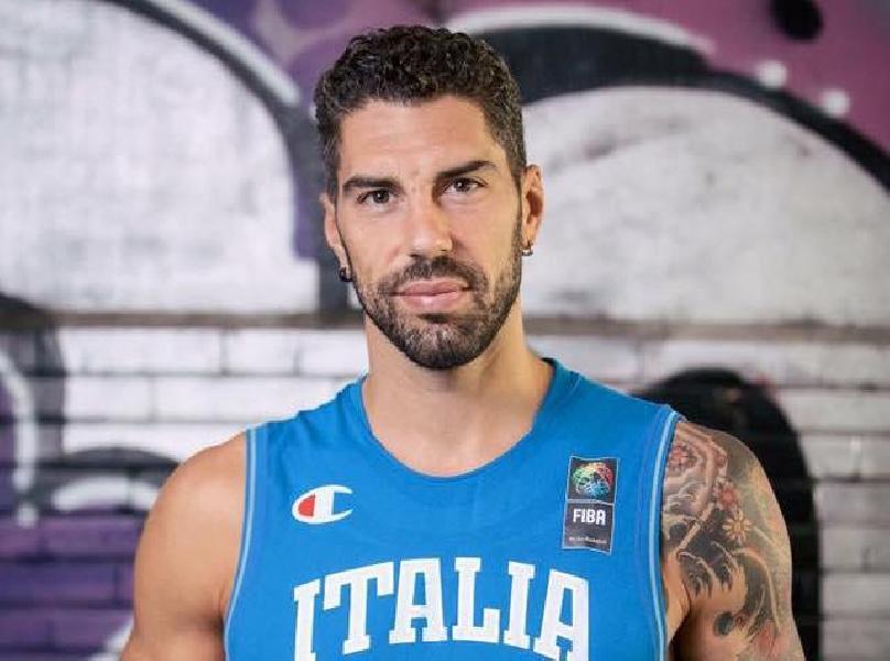 https://www.basketmarche.it/immagini_articoli/25-10-2018/colpo-mercato-pallacanestro-nard-lamezia-arriva-gionata-zampolli-600.jpg