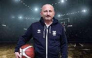 https://www.basketmarche.it/immagini_articoli/25-10-2021/amatori-pescara-coach-castorina-compiuto-ulteriore-step-nostro-percorso-crescita-120.jpg