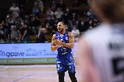 https://www.basketmarche.it/immagini_articoli/25-10-2021/basket-brindisi-jeremy-chappell-disposizione-vista-gara-venezia-120.jpg