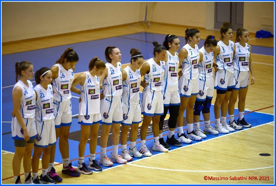 https://www.basketmarche.it/immagini_articoli/25-10-2021/brutta-sconfitta-feba-civitanova-campo-pallacanestro-femminile-umbertide-600.jpg