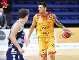 https://www.basketmarche.it/immagini_articoli/25-11-2020/pesaro-carlos-delfino-stagione-lunga-saranno-alti-bassi-avere-questa-partenza-importantissimo-120.jpg