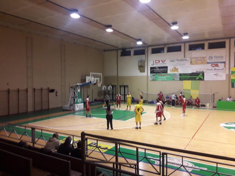https://www.basketmarche.it/immagini_articoli/26-01-2019/basket-vadese-vince-convince-ignorantia-pesaro-600.jpg
