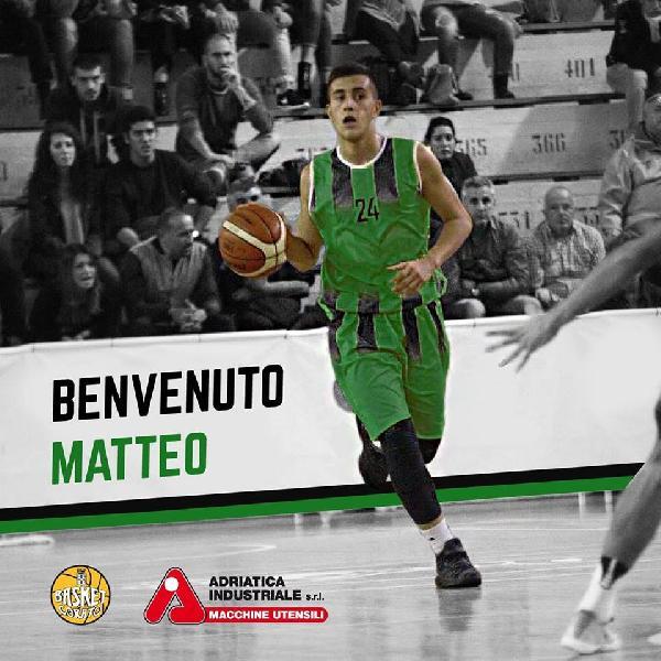 https://www.basketmarche.it/immagini_articoli/26-01-2019/colpo-mercato-basket-corato-ufficiale-arrivo-playmaker-600.jpg