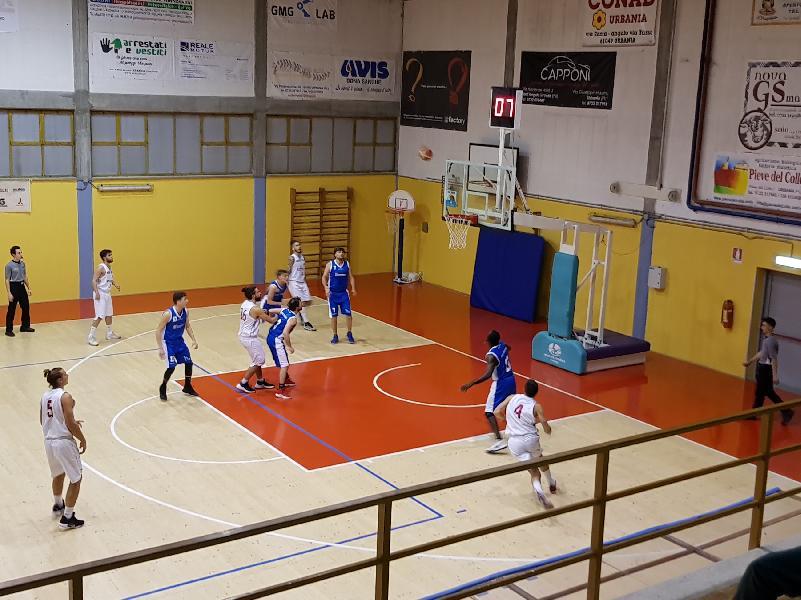 https://www.basketmarche.it/immagini_articoli/26-01-2019/grande-aesis-jesi-espugna-campo-capolista-pallacanestro-urbania-600.jpg
