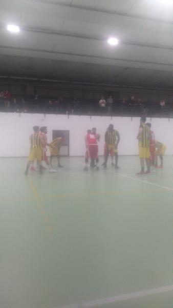 https://www.basketmarche.it/immagini_articoli/26-01-2020/ponte-morrovalle-passa-campo-victoria-fermo-600.jpg