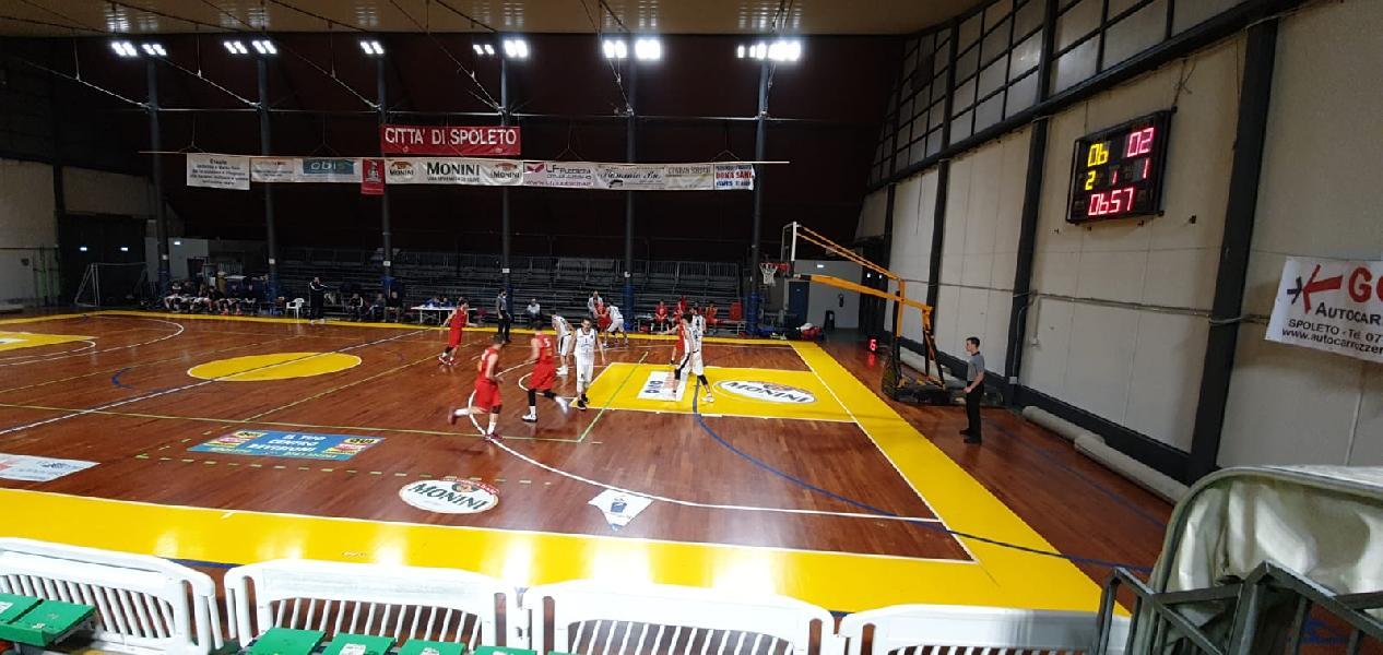https://www.basketmarche.it/immagini_articoli/26-01-2020/super-titta-trascina-atomika-spoleto-settima-vittoria-fila-favl-viterbo-600.jpg