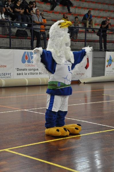 https://www.basketmarche.it/immagini_articoli/26-01-2021/lucky-wind-foligno-lavoro-preparare-ripresa-attivit-prima-squadra-settore-giovanile-600.jpg