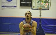 https://www.basketmarche.it/immagini_articoli/26-02-2021/lungo-croato-borna-zivkovic-aggregato-allenamenti-cestistica-civitavecchia-120.jpg